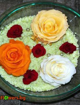 Красива аранжировка от 7 Вечни рози