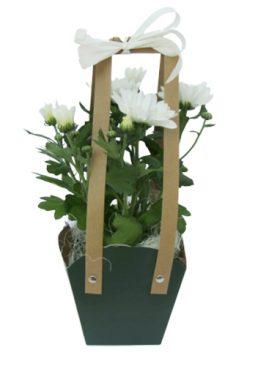 Чанта с хризантеми - бели
