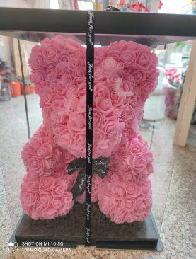 Мече от Изкуствени Рози